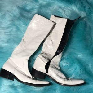 Shoes - White patent leather Italian boots 6